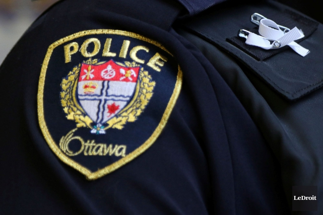 Toutes les stations de la police d'Ottawa ont été interdites au public pendant... (Archives, LeDroit)