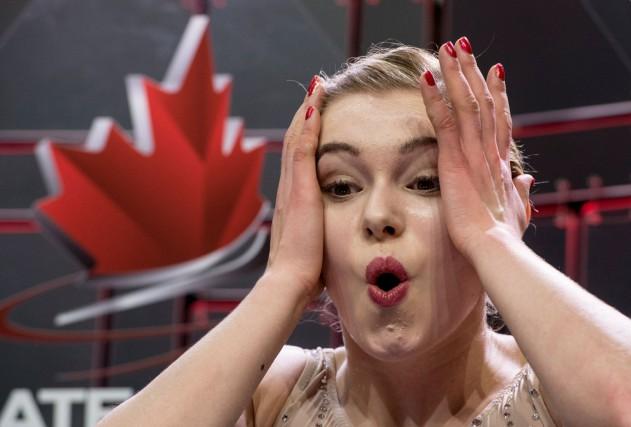 La patineuse Alaine Chartrand a été ovationnée après... (La Presse Canadienne)