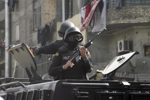 Les autorités égyptiennes ont annoncé lundi avoir arrêté plus de 500 islamistes... (PHOTO AL YOUM AL SAABI, REUTERS)
