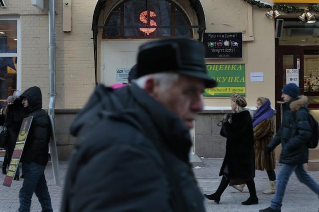 La Russie est plongée dans sa pire crise... (PHOTO IVAN SEKRETAREV, AP)