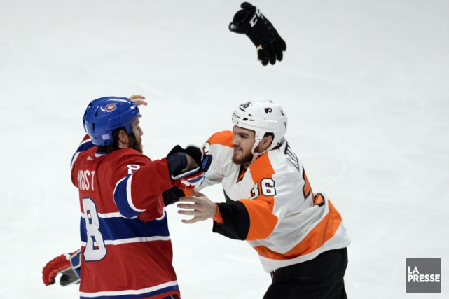 Zac Rinaldo lors d'une bagarre contre Brandon Prust,... (PHOTO BERNARD BRAULT, ARCHIVES LA PRESSE)