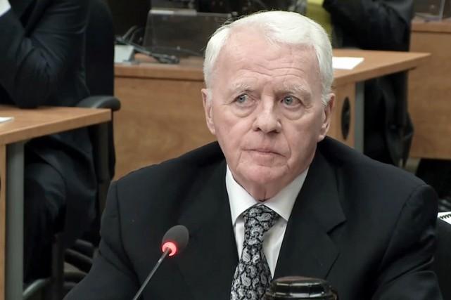L'ancien organisateur politique Gilles Cloutier se retrouve à... (IMAGE TIRÉE D'UNE VIDÉO)