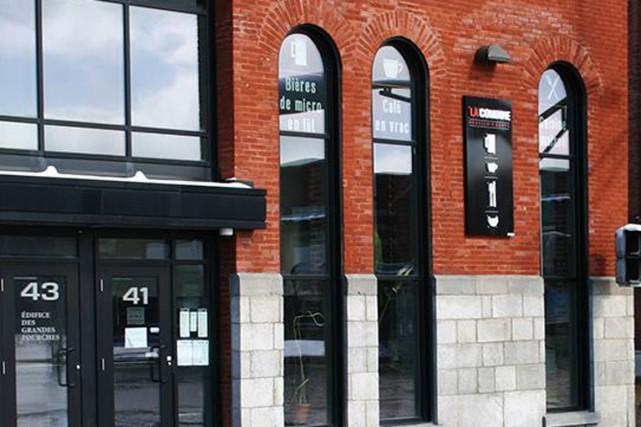 Deux mois après avoir fait faillite, le restaurant LaCombinerouvrira ses... (Photo tirée de Facebook)