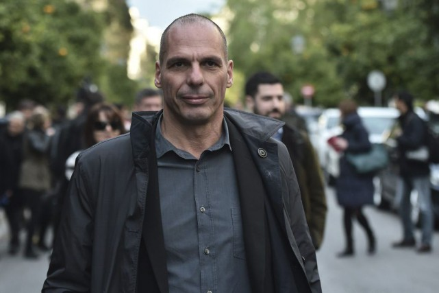 Le ministre des Finances de la Grèce Yanis... (PHOTO ARIS MESSINIS, AGENCE FRANCE-PRESSE)