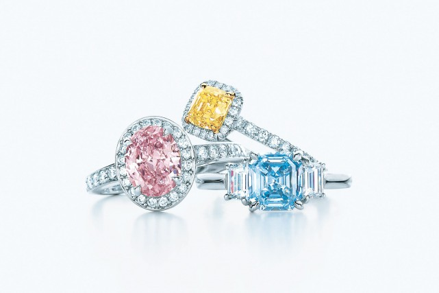 Bagues en diamants de couleurs et pavage diamants... (Photo fournie par Tiffany & Co.)