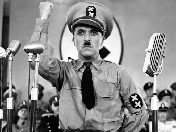 Charlie Chaplin a subi de nombreuses pressions pour... (Photo archives Wikimedia Commons)