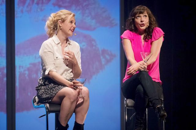 Roxane Bourdages (à droite) est une des belles... (Photo Éric Myre)
