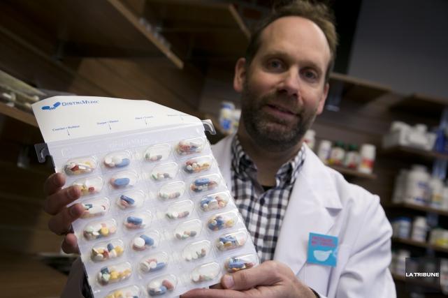Le pharmacien-propriétaire Jean-LucTrottier craint que la loi 28... (Imacom, René Marquis)