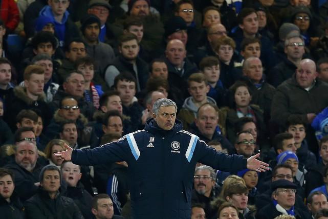 L'entraîneur-chef de l'équipe de Chelsea, Jose Mourinho... (Photo Eddie Keogh, Reuters)