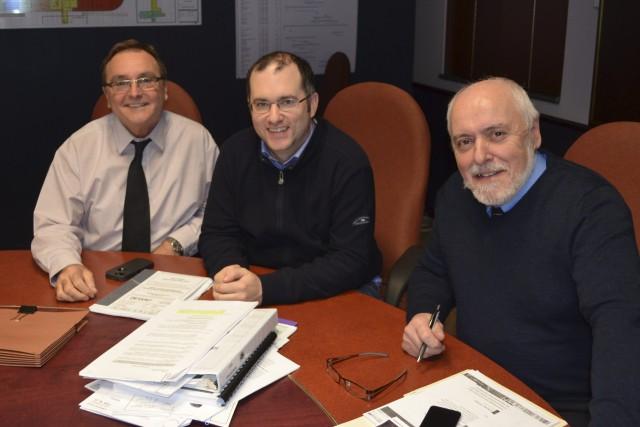 Mario Ménard, Éric Dubé et Gilles Potvin ont... ((Photo Louis Potvin))