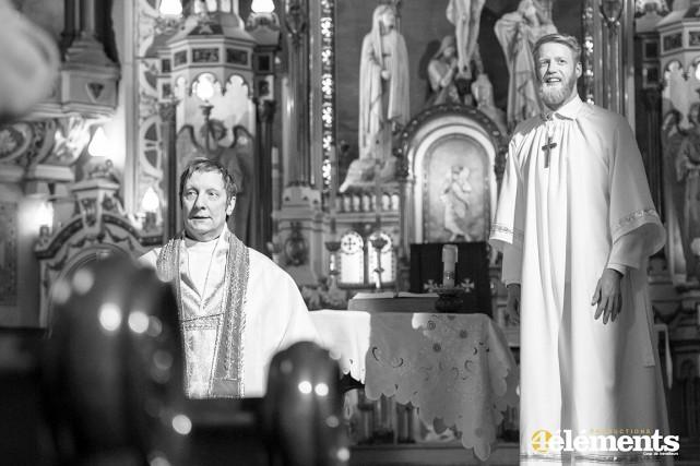 Dans La divine stratégie, Robert Lepage joue un... (Photo Production 4 éléments)