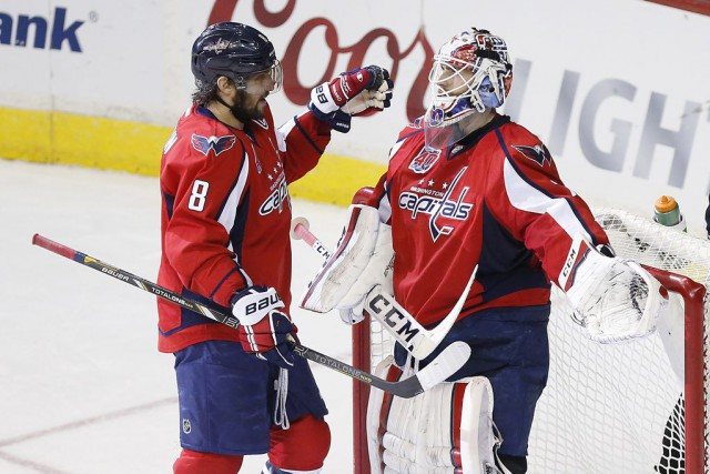 Avec ses deux filets, Ovechkin occupe le premier... (Photo USA Today Sports)