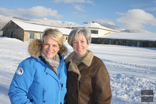 Joanne Poisson et Christine Cadoux projettent de créer... (La Tribune, Jean-François Gagnon)