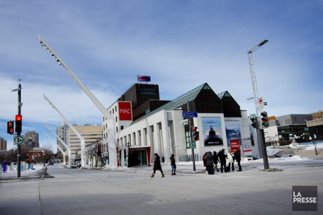 Le Quartier des Spectacles à Montréal.... (PHOTO: MARCO CAMPANOZZI, ARCHIVES LA PRESSE)
