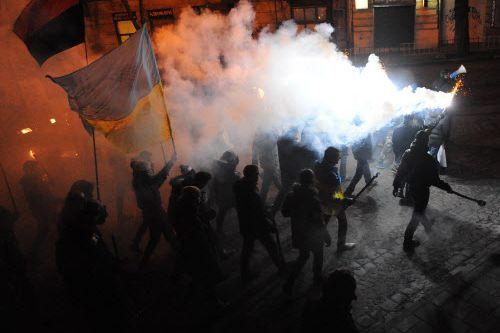 Ces derniers jours, les combats ont gagné en... (Photo YURIY DYACHYSHYN, AFP)
