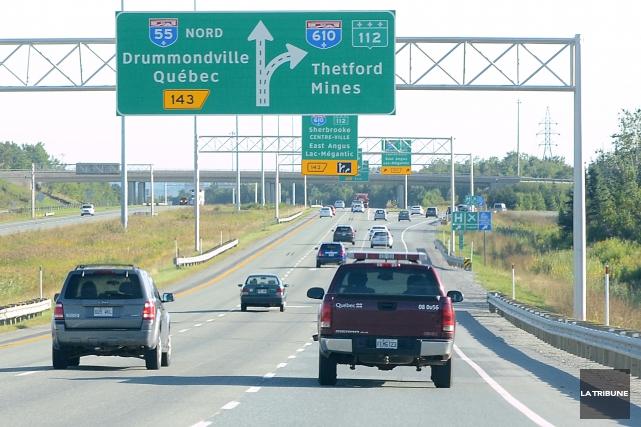 La qualité du réseau routier estrien sous l'égide du ministère des Transports... (Archives La Tribune, Maxime Picard)