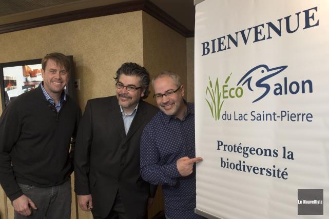 De gauche à droite, le peintre animalier Claude... (Photo: Stéphane Lessard Le Nouvelliste)