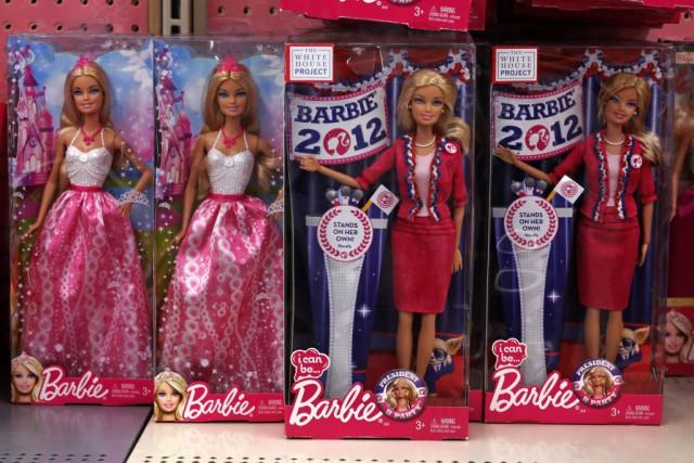 La poupée Barbie, égérie de générations de petites... (PHOTO GENE J. PUSKAR, ASSOCIATED PRESS)
