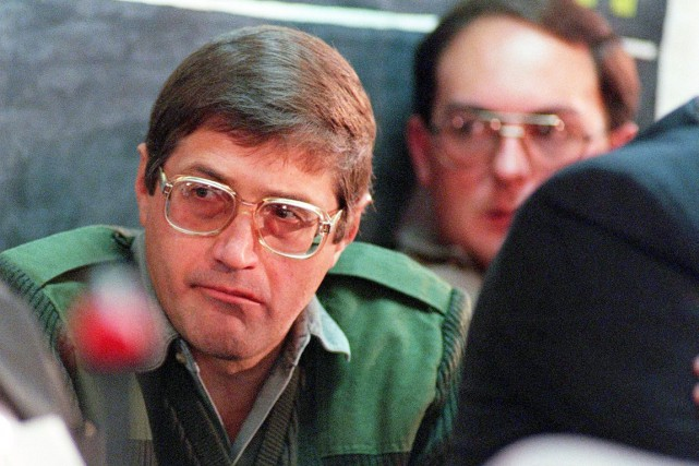Eugene de Kock avait été condamné en 1996... (PHOTO WALTER DHLADHLA, ARCHIVES AFP)