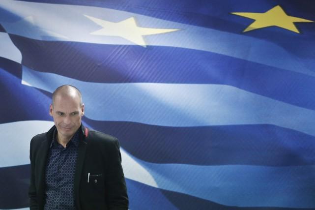 Yanis Varoufakis a passé les dernières années à... (PHOTO PETROS GIANNAKOURIS, ARCHIVES AP)