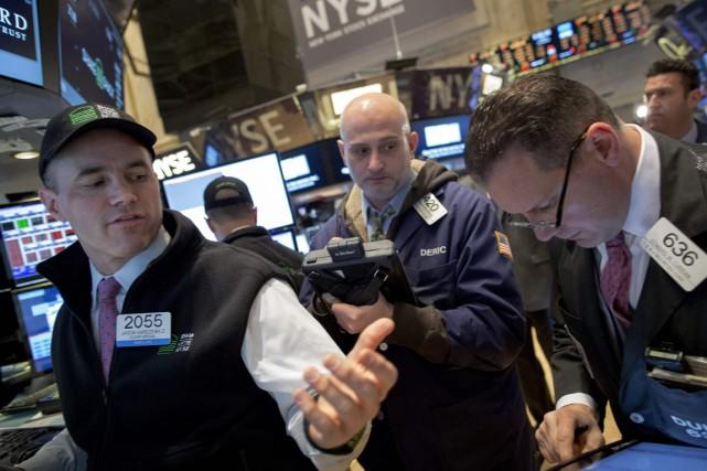 Signe du manque de conviction des investisseurs, les... (Photo Brendan McDermid, REUTERS)