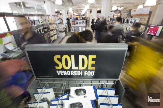 Le bond de 0,9% des ventes des détaillants... (PHOTO IVANOH DEMERS, ARCHIVES LA PRESSE)