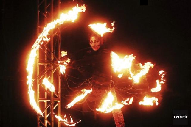 Le feu était un élément central de la... (Étienne Ranger, LeDroit)