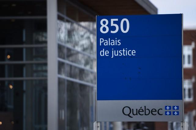 Un policier de la Sûreté du Québec a... (Photo: François Gervais, Le Nouvelliste)