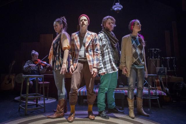 Le plaisir évident que tous les comédiens ont... (Photo Josée Lecompte, fournie par le Centre du Théâtre d'Aujourd'hui)