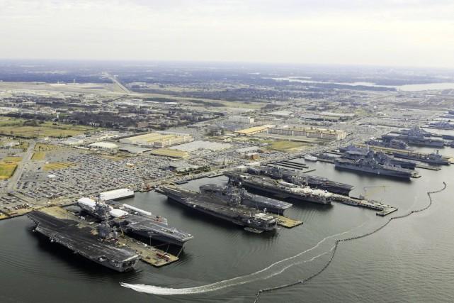 La base navale de Norfolk est la plus... (Photo fournie par la US Navy)