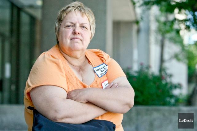 Linda Keller ne fait plus confiance à personne... (Martin Roy, Archives LeDroit)