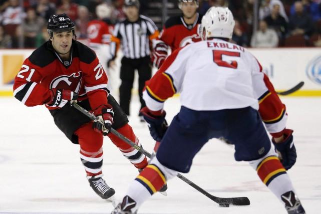 Les Devils du New Jersey ont défait les... (Photo Julio Cortez, AP)