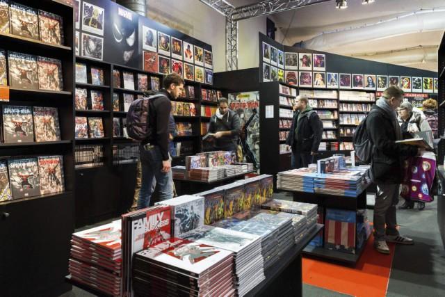 Des visiteurs au Festival de la bande dessinée... (PHOTO PIERRE DUFFOUR, AGENCE FRANCE-PRESSE)