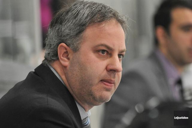 L'entraîneur-chef Steve Thériault.... (Archives Le Quotidien)