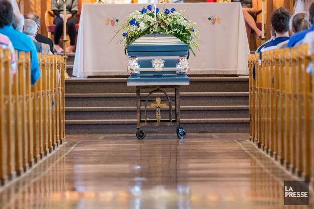 La Coopérative funéraire l'Estrie agrandit son réseau de salons en se portant... (Archives La Presse)