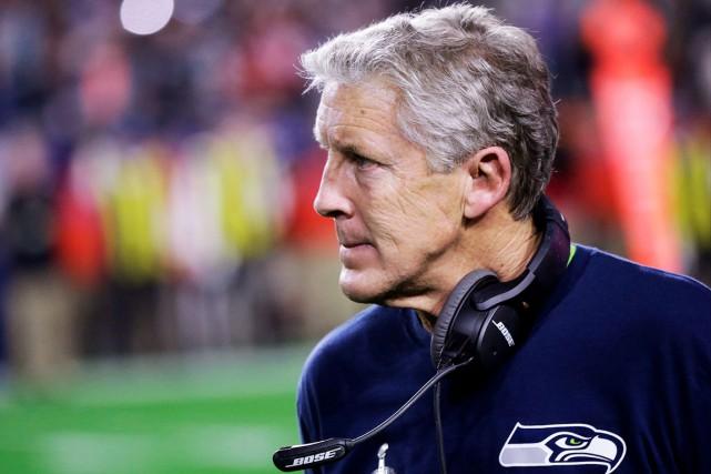 L'entraîneur des Seahawks, Pete Carroll, a pris beaucoup... (PHOTO AP, David Goldman)