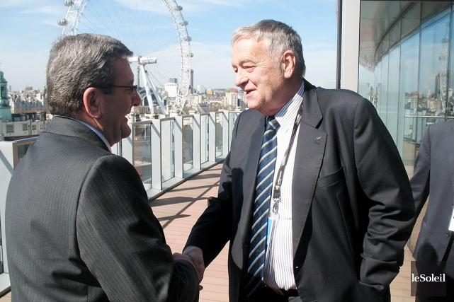 Gian Franco Kasper, qui avait rencontré le maire... (Photothèque Le Soleil, François Bourque)