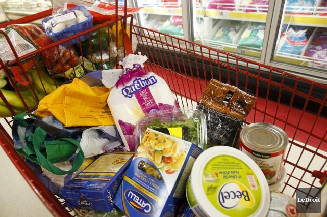 Les consommateurs pourraient payer plus cher encore leurs... (Archives, LeDroit)