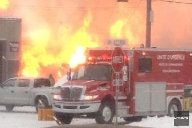 Si l'incendie qui a fait rage, hier sur la 7e avenue à Daveluyville, s'est... (Archives La Tribune)