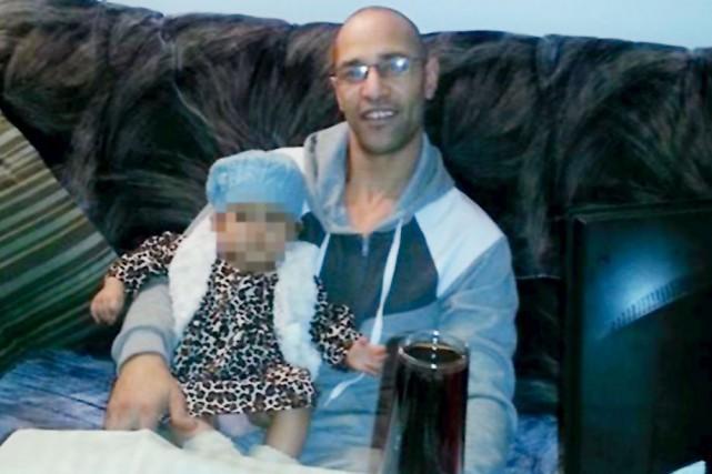 Adel Cherif, 34 ans, a été arrêté il... (Photo tirée de Facebook)