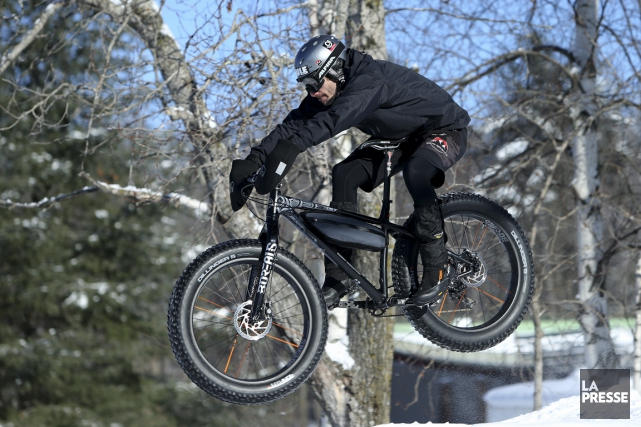 Lesfat bikese multiplient sur les sentiers de neige.... (La Presse, Martin Chamberland)