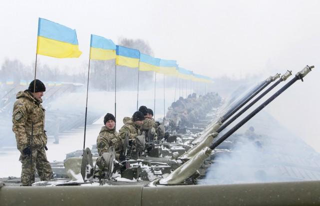 De plus en plus de voix s'élèvent pour... (Photo Valentyn Ogirenko, Reuters)