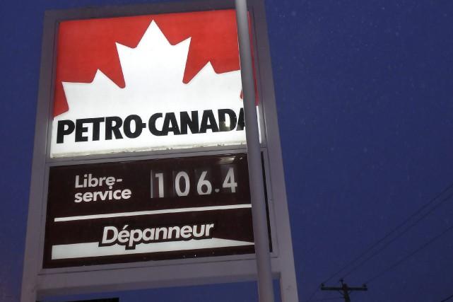 La succursale de Petro-Canada sur le boulevard Saguenay... ((Photo Rocket Lavoie))