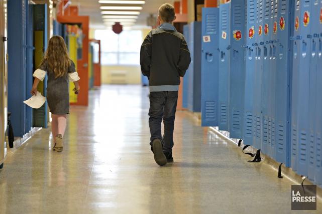 Les élèves de 5e secondaire ayant commencé leurs... (PHOTO OLIVIER JEAN, ARCHIVES LA PRESSE)