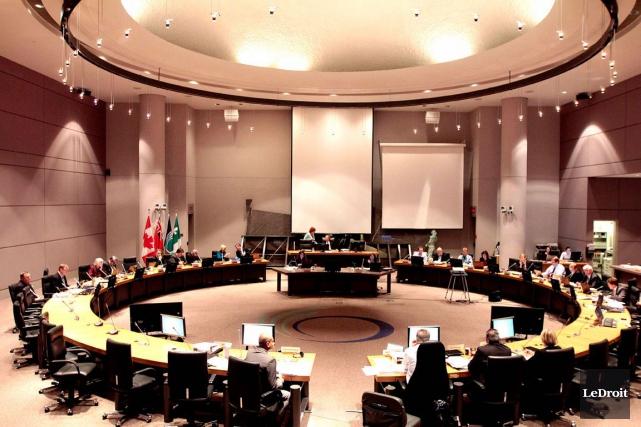 Le nouveau conseil municipal d'Ottawa a déposé mercredi... (Archives, LeDroit)