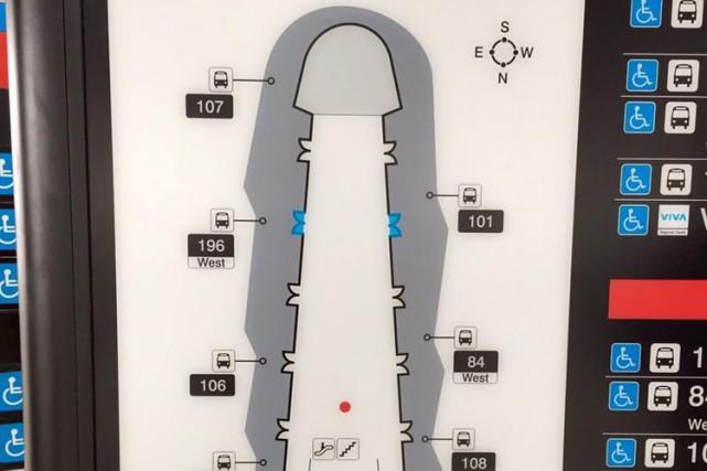 Un plan d'une station de métro de Toronto ressemblant étrangement à un pénis a... (Photo tirée de Twitter)