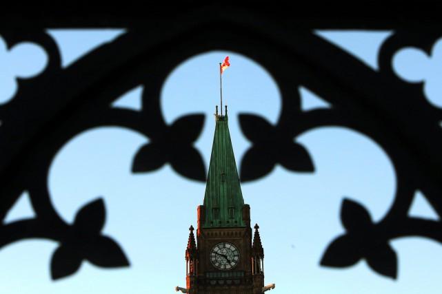 Les députés de tous les partis ont appuyé... (PHOTO FRED CHARTRAND, LA PRESSE CANADIENNE)