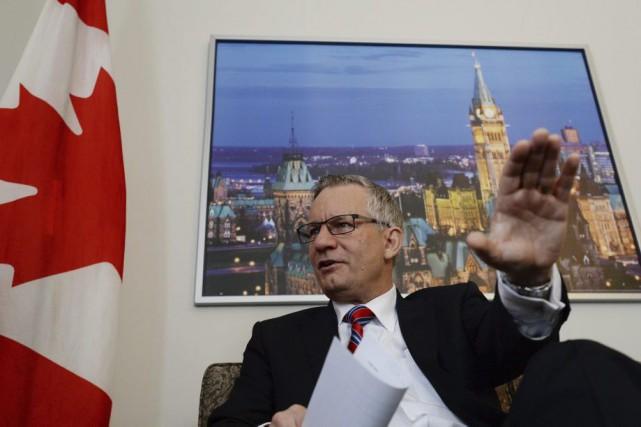 Le ministre du Commerce international, Ed Fast, estime... (PHOTO SEAN KILPATRICK, LA PRESSE CANADIENNE)