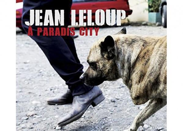 Après une pause de six ans, Jean Leclerc revêt à nouveau sa peau de Leloup, et...