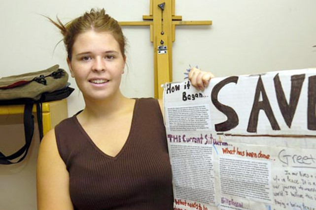 Kayla Mueller a été retenue captive par l'État... (PHOTO MATT HINSHAW, ARCHIVES AP/THE DAILY COURIER)
